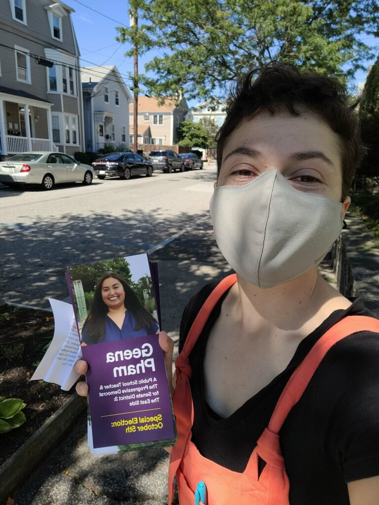 jackie-goldman-canvassing-for-geena-pahm